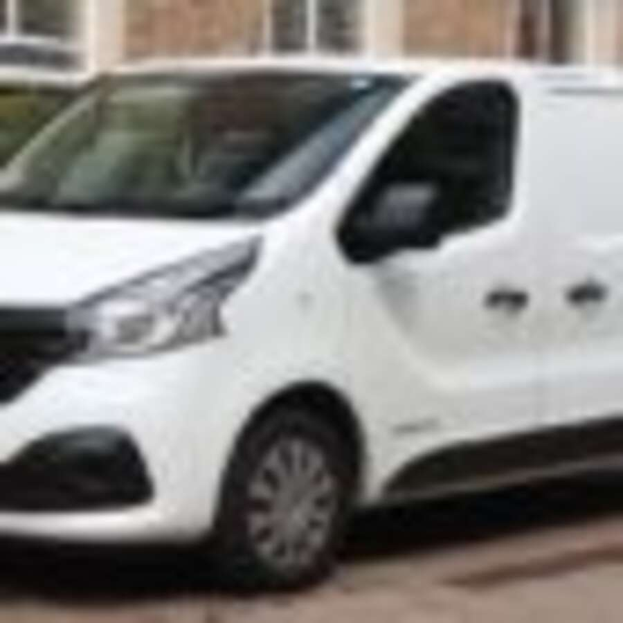 renault trafic works van upgrades